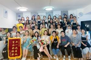 成都化妆学校那个好?成都悦风美妆学院被大众认可!